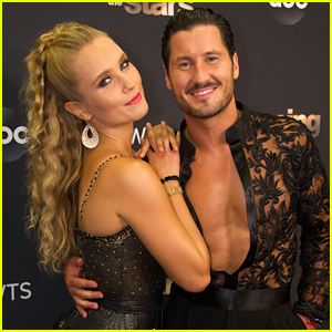 Sailor Brinkley-Cook Tangos To 'Mamma Mia' On 'Dancing With The Stars' Week #3