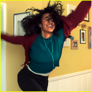 Sofia Wylie Dances Her Heart Out in First Episode Of Her New Webseries 'Shook' - Watch Now!