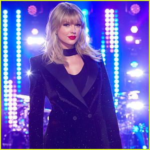 Taylor Swift Cried A Couple of Times as The Voice's Mega Mentor