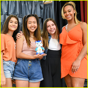 Nia Sioux Goes Blonde For Care Bears' International Day of the Girl Event With Nina Lu