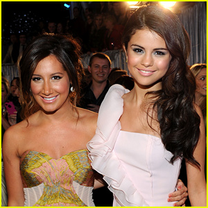 Ashley Tisdale Jams Out to Selena Gomez While Embracing Her Natural Hair