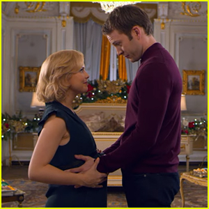 Rose McIver Worries About Being a Queen & Mom At The Same Time in 'A Christmas Prince: The Royal Baby' Trailer