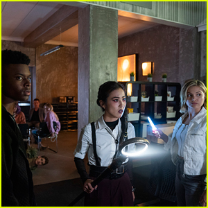 First Look Photos at 'Cloak & Dagger' Crossover With 'Marvel's Runaways' Are Here!