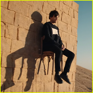Louis Tomlinson Premieres the Stunning Video for New Single 'Walls'