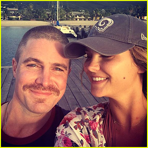 Stephen Amell & Wife Cassandra Jean Celebrate Anniversary in the Caribbean!