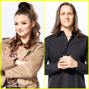 Team Blake's Joei Fulco & Todd Michael Hall Battle It Out On 'The Voice' (Video)