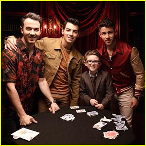 Jonas Brothers Get Magic Show From Child Magician Aidan McCann - Watch!