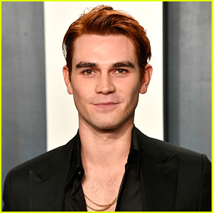 KJ Apa Actually Doesn't Like The 'Riverdale' Musical Episodes