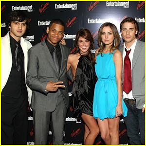 Shenae Grimes-Beech Unites '90210' Cast for Virtual Reunion - Watch!