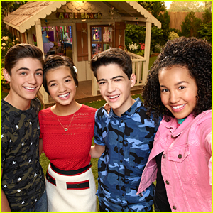 Asher Angel Shares Throwback Photos With 'Andi Mack' Cast On 3 Year Anniversary