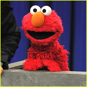 Elmo Launching New Talk Show 'The Not-Too-Late Show with Elmo'