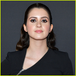 Laura Marano Performs 'When You Wake Up' Acoustic With Her Boyfriend - Watch!