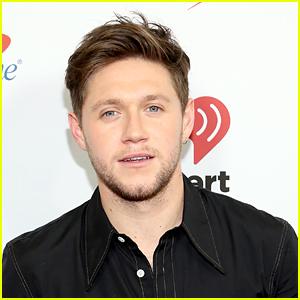 Niall Horan Shares 'Black & White' Lyric Video
