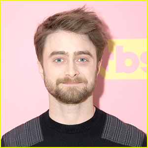 Daniel Radcliffe Returns to Roots For 'Harry Potter at Home' Reading