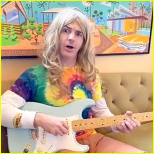 Drake Bell Watches 'The Amanda Show' Dressed As His Character Kyle Rostensan