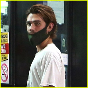 KJ Apa Makes a Late Night Store Run After Dining Out With Friends Over The Weekend
