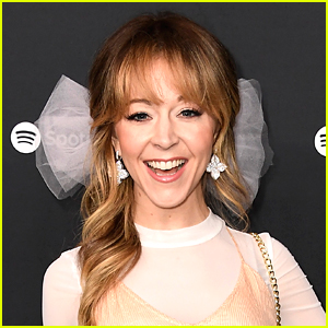 Lindsey Stirling Announces Her Summer 'Artemis Tour' Is Postponed To 2021