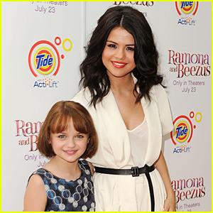 Joey King Recalls First Time Meeting Selena Gomez For 'Ramona & Beezus'