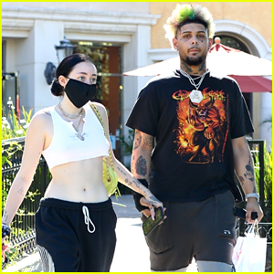 Noah Cyrus & Rapper Smokepurpp Hold Hands After Appearing In Each Others' Instagram Stories