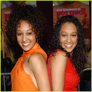 Tia & Tamera's 'Sister, Sister' & More Black Sitcoms Coming To Netflix!!