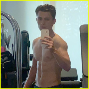Tom Holland Bares His Six-Pack Abs In Mirror Selfie!