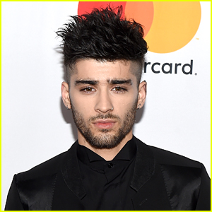 Zayn Malik Shares First New Photo In Almost 6 Months