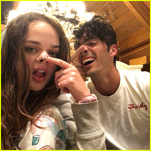 'Kissing Booth 2' Stars Joey King & Taylor Zakhar Perez Are On a Road Trip!