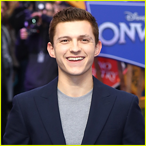 Tom Holland Shares First Look Photo as Nathan Drake From 'Uncharted' Movie