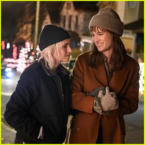 Kristen Stewart Is Ready To Propose To Her Girlfriend In 'Happiest Season' Trailer