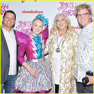 JoJo Siwa Reveals Her Whole Family Had COVID & Opens Up About Recent Breakup
