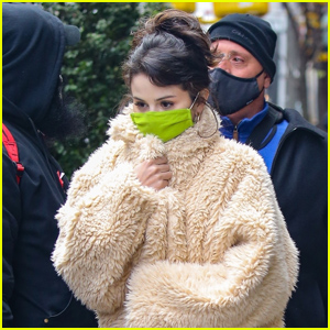 Selena Gomez Bundles Up While Filming 'Only Murders in the Building'