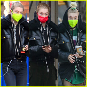 Fans Love That Hunter Schafer Uses Wired Earphones!