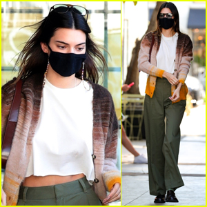Kendall Jenner Meets Up with Friends for Breakfast in L.A.