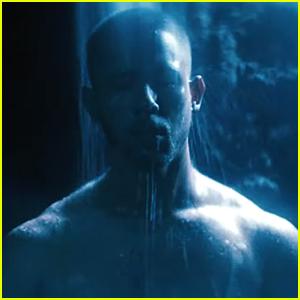 Nick Jonas Goes Shirtless In 'Spaceman' Music Video Hours Before Album Launch