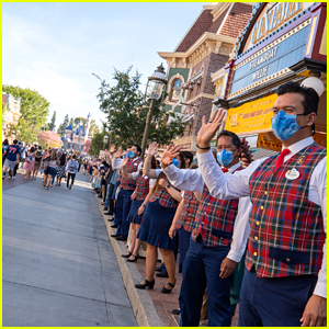 Disneyland Reopens, Disney CEO Bob Chapek & Chairman Bob Iger Welcome Guests Back!
