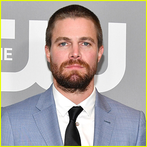 'Arrow' Star Stephen Amell Is Addressing Reports He Was 'Forcibly Removed' From a Flight