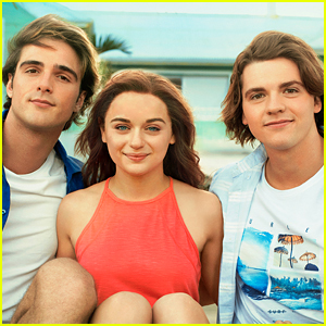 Are Elle & Noah Endgame? Watch 'The Kissing Booth 3' Trailer Now!