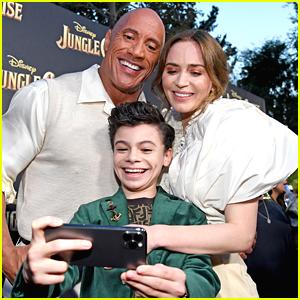 Raphael Alejandro Snaps Selfie With Co-Stars Dwayne Johnson & Emily Blunt at 'Jungle Cruise' Premiere