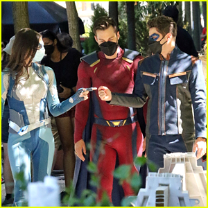The 'Supergirl' Cast Wear Their Full Costumes While Filming Some Of The Final Scenes