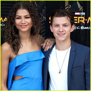 Zendaya & Tom Holland Were Seen Out To Dinner The Day Before Those Viral Kissing Photos!