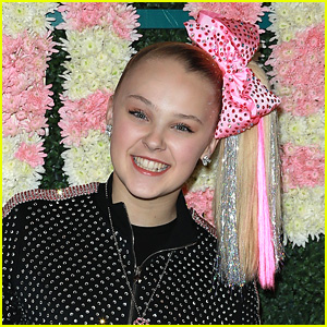 JoJo Siwa Says Her Dance Background Will Be a Disadvantage on 'DWTS'