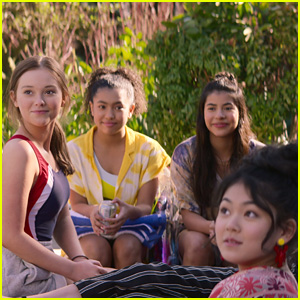 'The Baby-Sitters Club' Reveals Season 2 First Look Photos & Premiere Date!