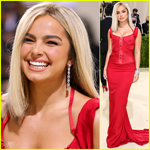 Addison Rae Goes Full Blonde For the Met Gala 2021