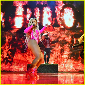 Chloe Bailey Had The Most Energetic Performance at MTV VMAs with 'Have Mercy' Premiere - Watch!