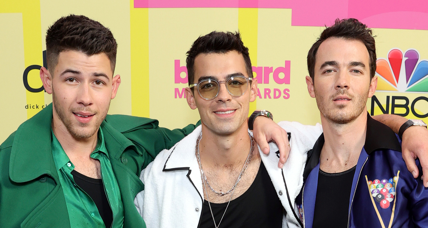 Jonas Brothers Debut New Song During Remember This Tour