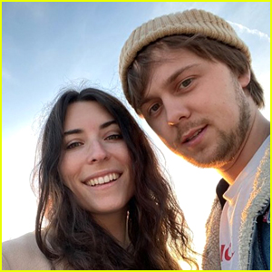 Musician Ellington Ratliff Marries Girlfriend of 3 Years Dani Leonard