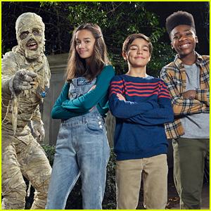 Sophia Hammons, Malachi Barton & Christian J Simon Star In New 'Under Wraps' Teaser - Watch Now!