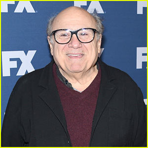Danny DeVito Joins The Cast of Disney's New 'Haunted Mansion' Movie!