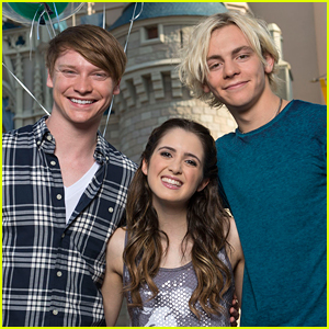 There Was An Almost Full 'Austin & Ally' In Person Reunion!!