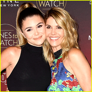 Olivia Jade Says Mom Lori Loughlin Is Her Biggest 'DWTS' Supporter